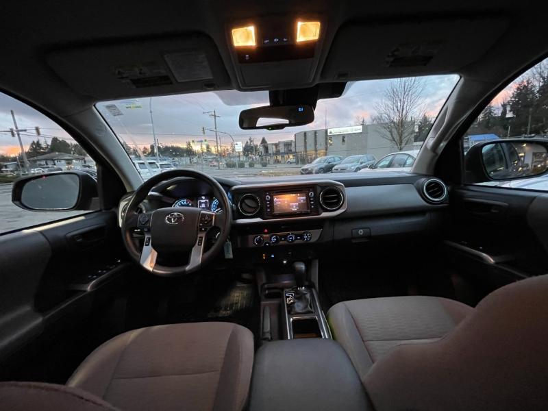 Toyota Tacoma 2018 price $40,999