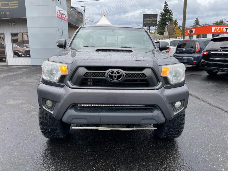Toyota Tacoma 2015 price $32,999