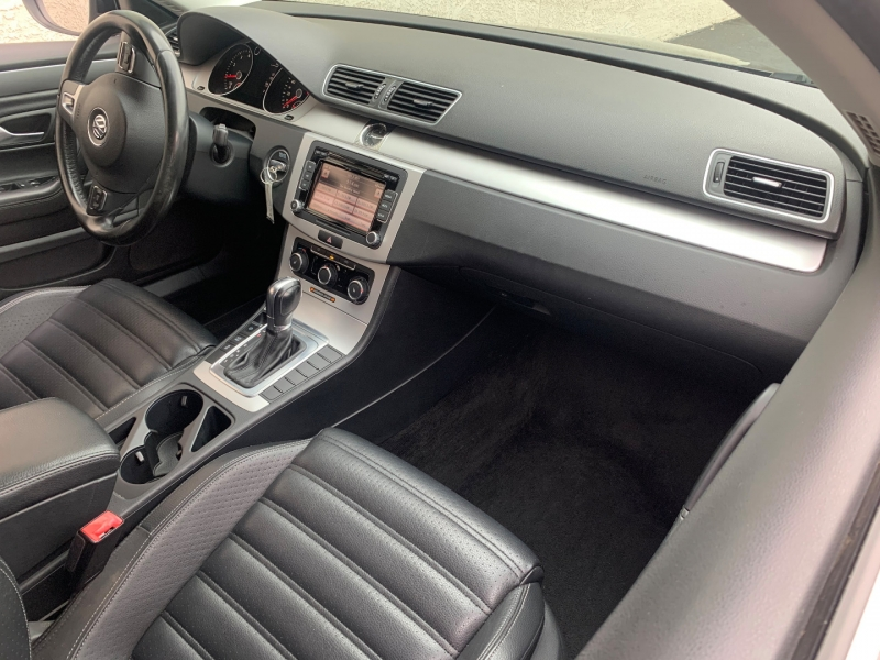 Volkswagen CC R-Line Sport 2012 price $8,199