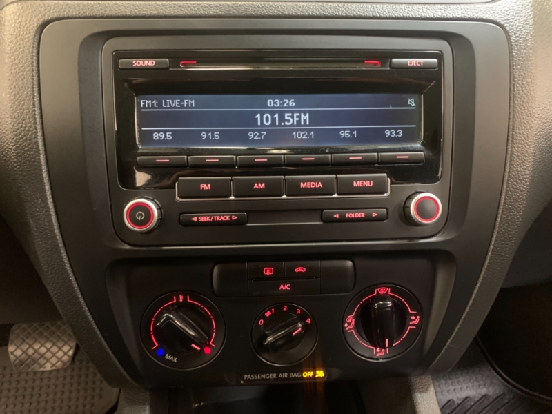 Volkswagen Jetta Sedan 2013 price $6,199