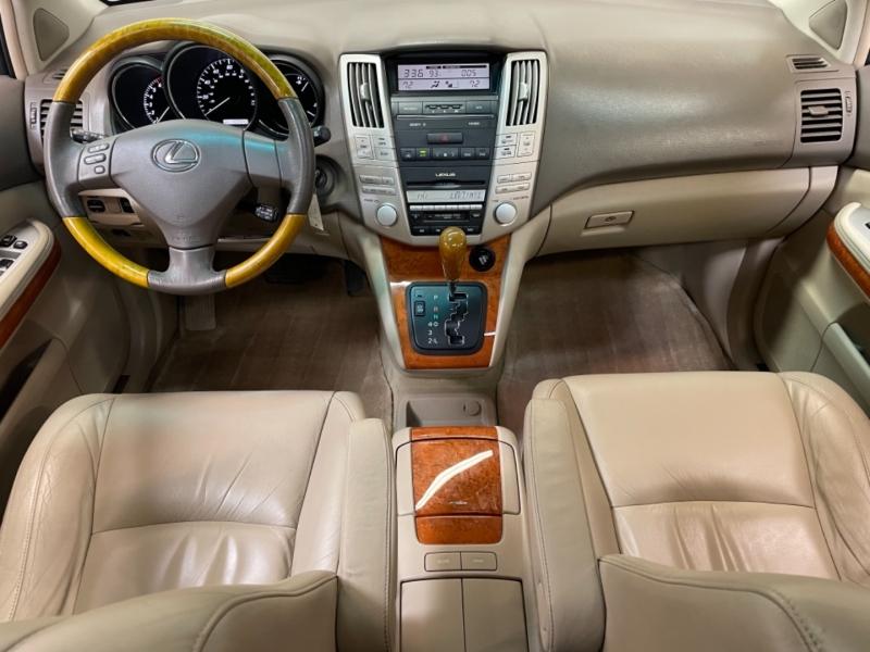 Lexus RX 330 2004 price $10,995