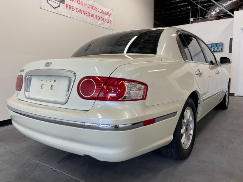 Kia Amanti 2005 price $5,995