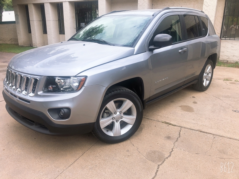 Jeep Compass 2017 price $9,999