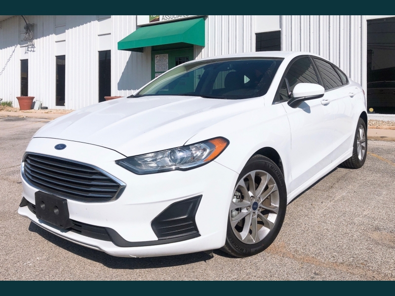 Ford Fusion 2019 price $12,999
