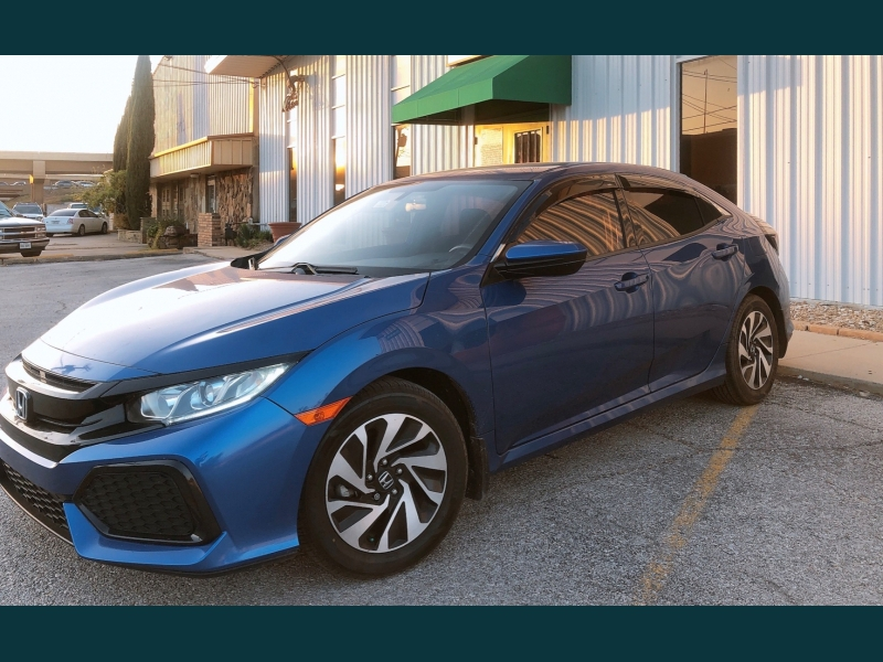 Honda Civic Hatchback 2017 price $14,499