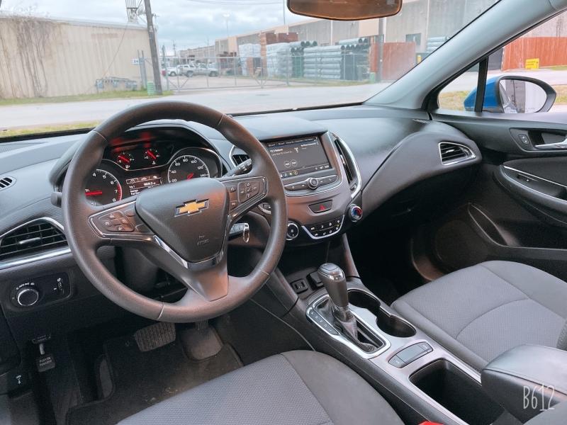 Chevrolet Cruze 2019 price $12,999