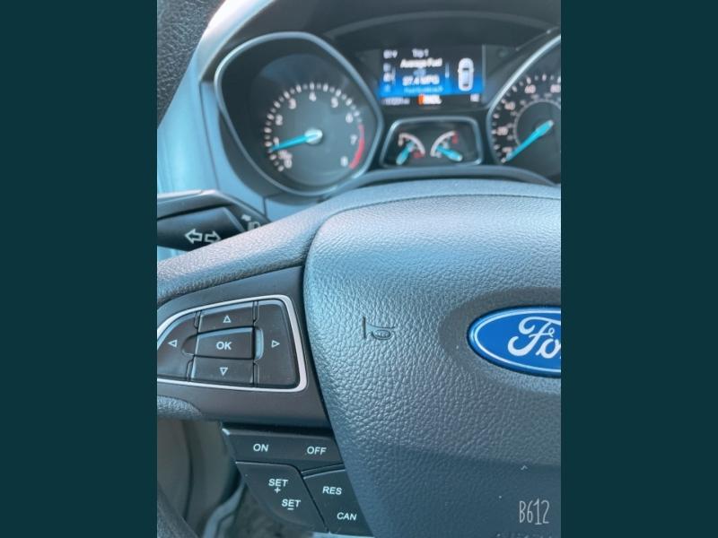 Ford Focus 2017 price $9,999