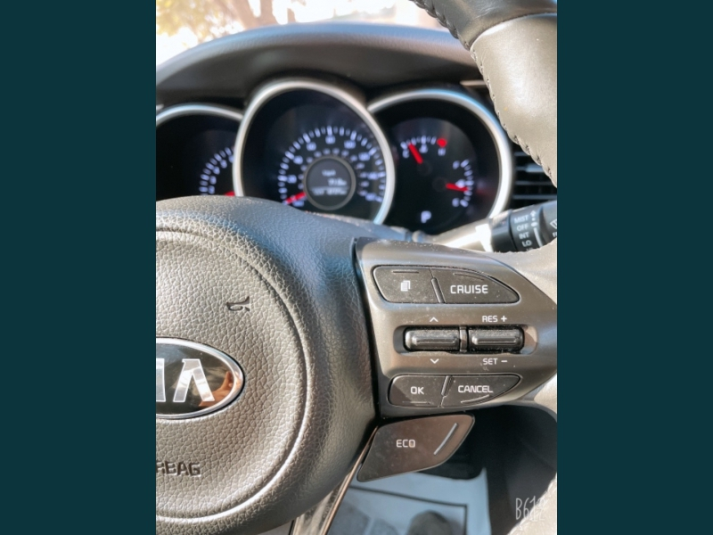 Kia Optima 2015 price $9,999