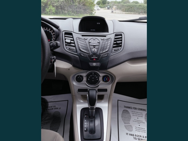 Ford Fiesta 2019 price $9,999