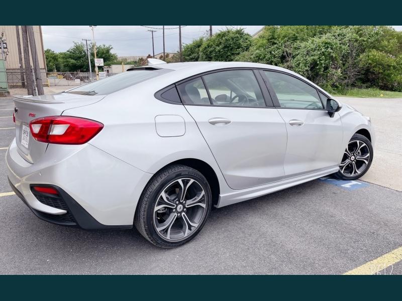 Chevrolet Cruze 2019 price $14,999