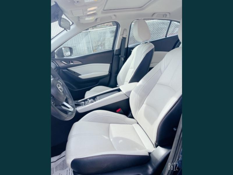 Mazda Mazda3 2018 price $16,999
