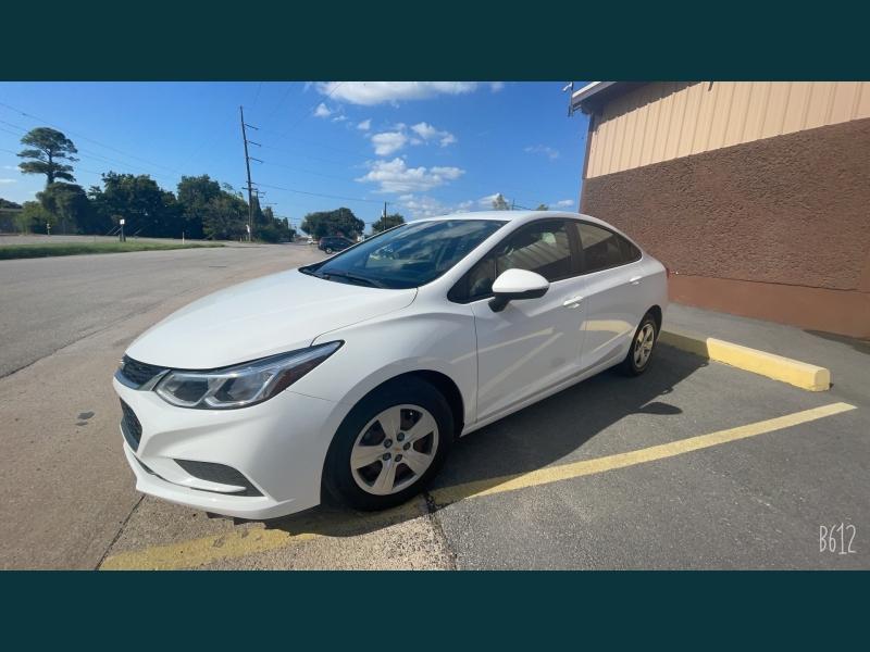 Chevrolet Cruze 2018 price $14,999