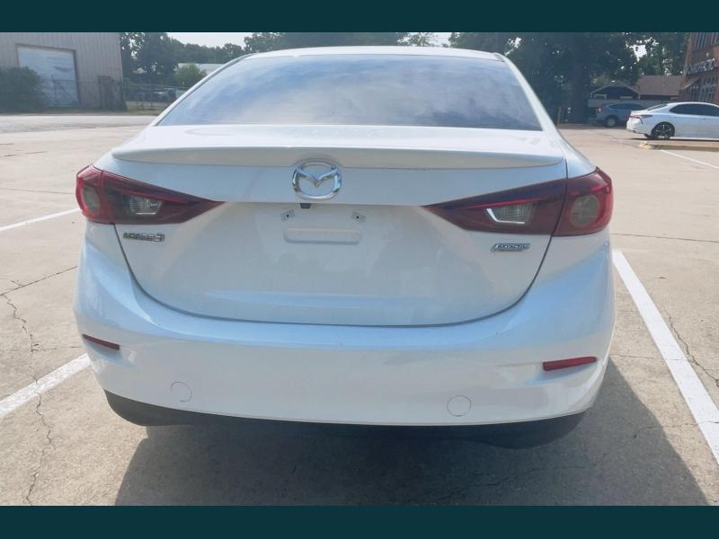 Mazda Mazda3 4-Door 2018 price $12,999