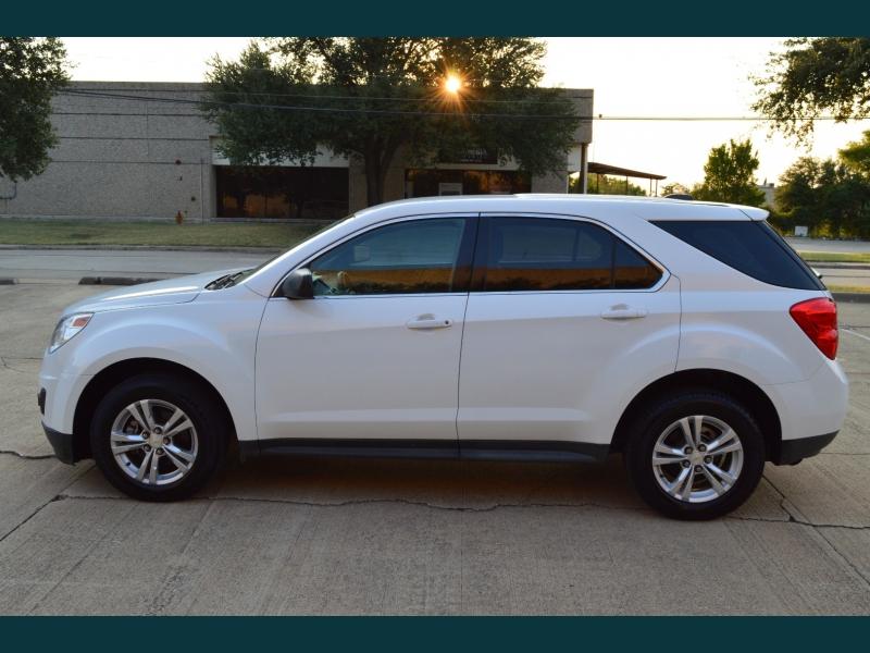 Chevrolet Equinox 2015 price $12,999