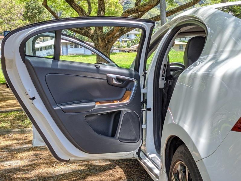 VOLVO S60 2016 price $17,999
