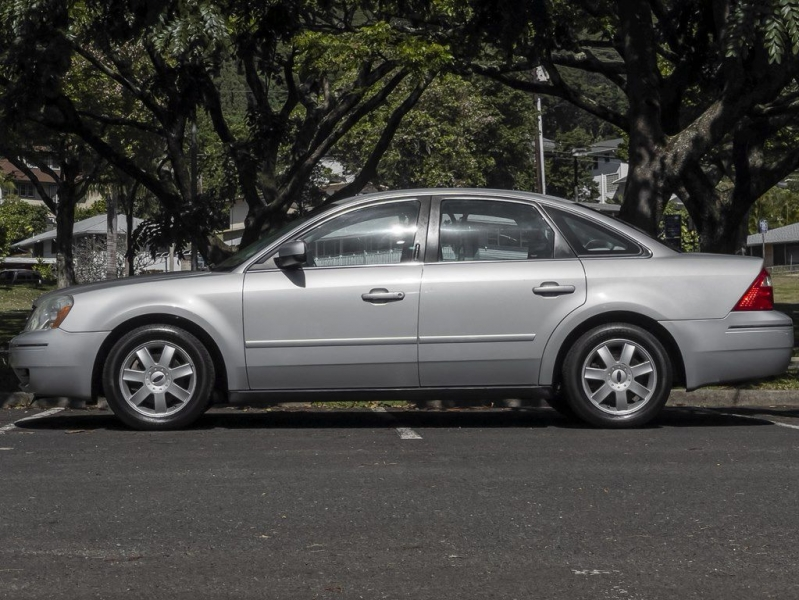 FORD FIVE HUNDRED 2005 price $3,999