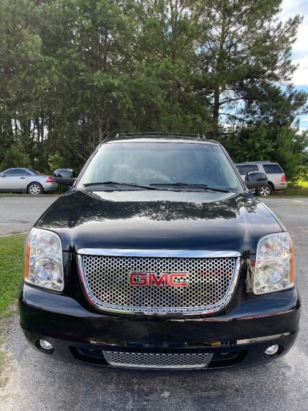 GMC Yukon 2011 price $18,995