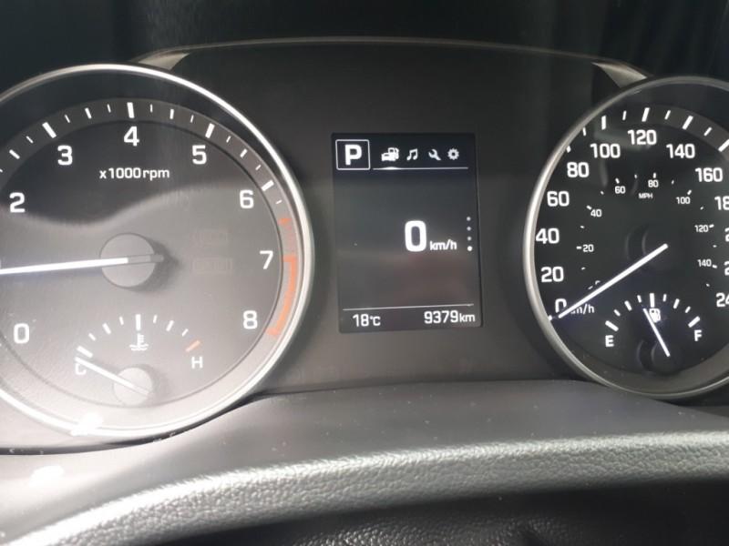 Hyundai Elantra 2017 price $17,995