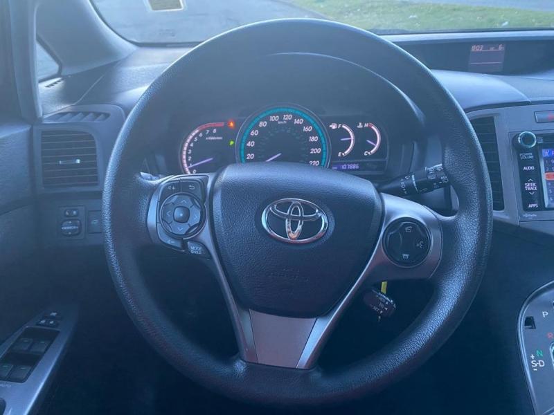 Toyota Venza 2014 price $14,899