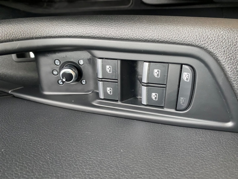 Audi A4 2017 price $31,899