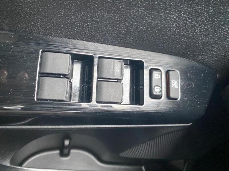 Toyota RAV4 2018 price $23,998