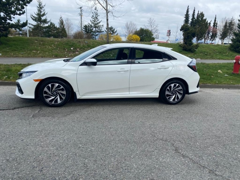 Honda Civic Hatchback 2017 price $16,899