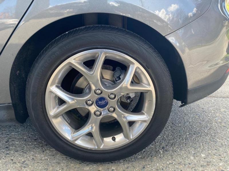 Ford Focus 2012 price $7,890