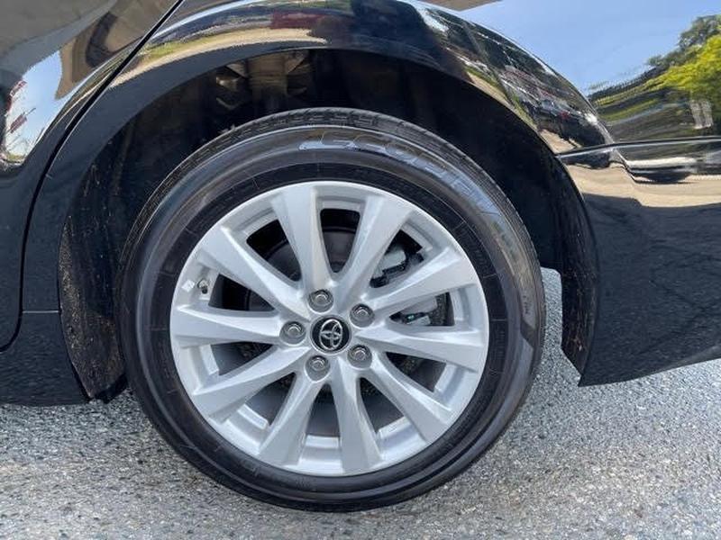 Toyota Camry 2019 price $25,899