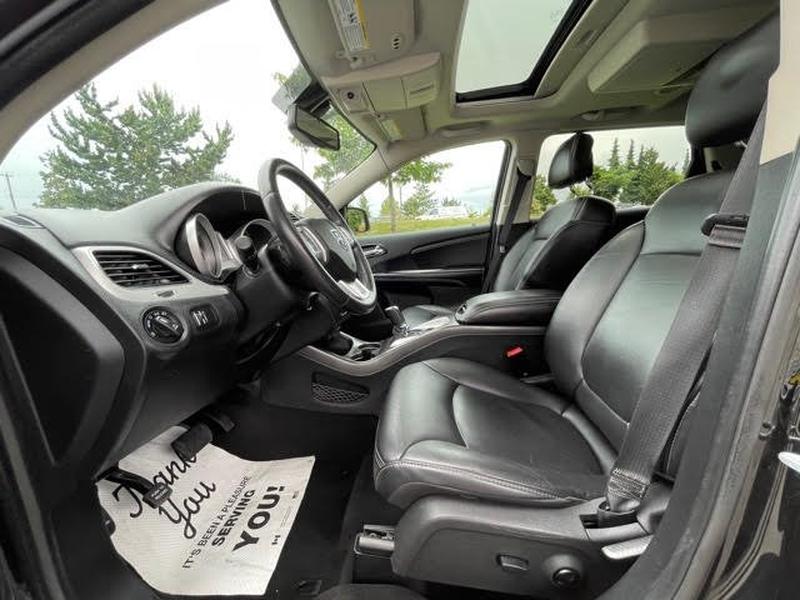 Dodge Journey 2015 price $13,998