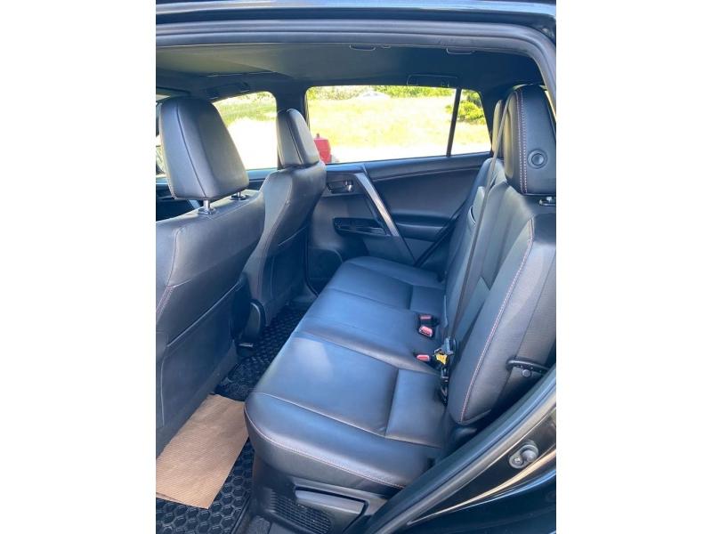 Toyota RAV4 2018 price $34,899
