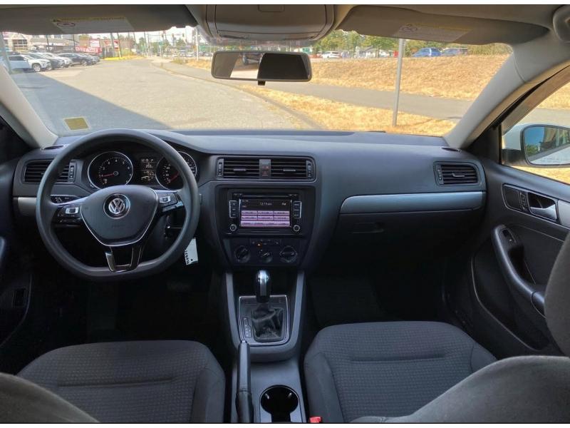 Volkswagen Jetta Sedan 2015 price $14,998