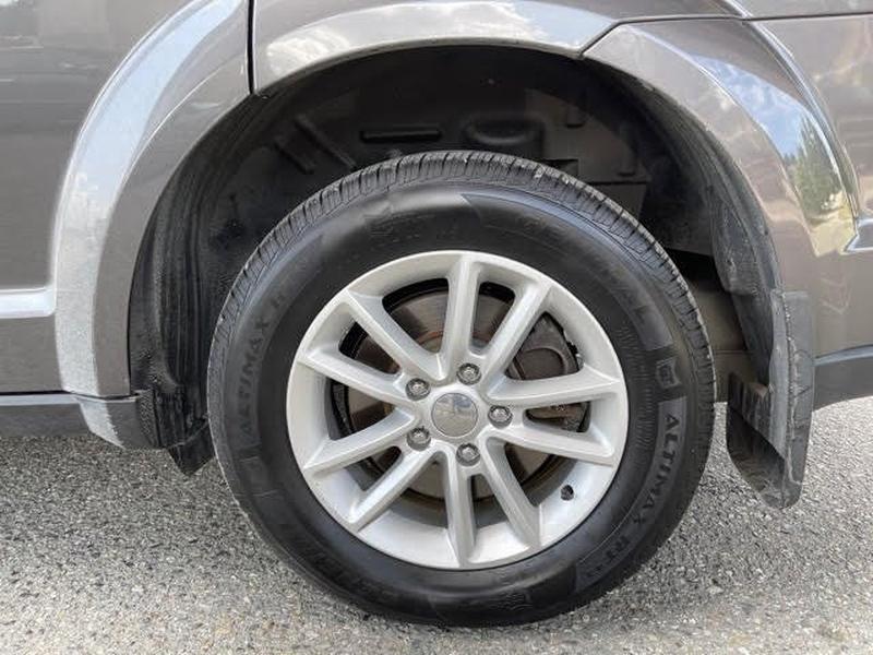 Dodge Journey 2015 price $14,998