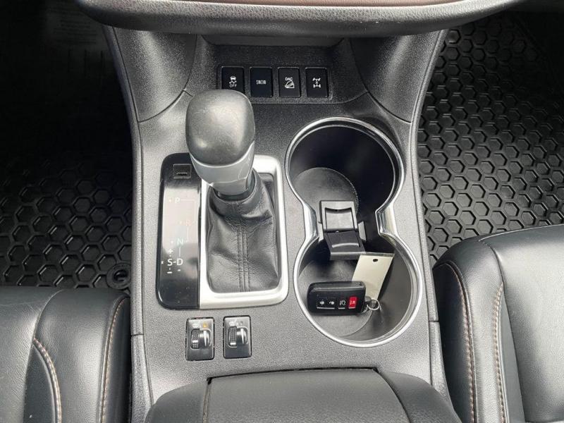 Toyota Highlander 2015 price $34,999