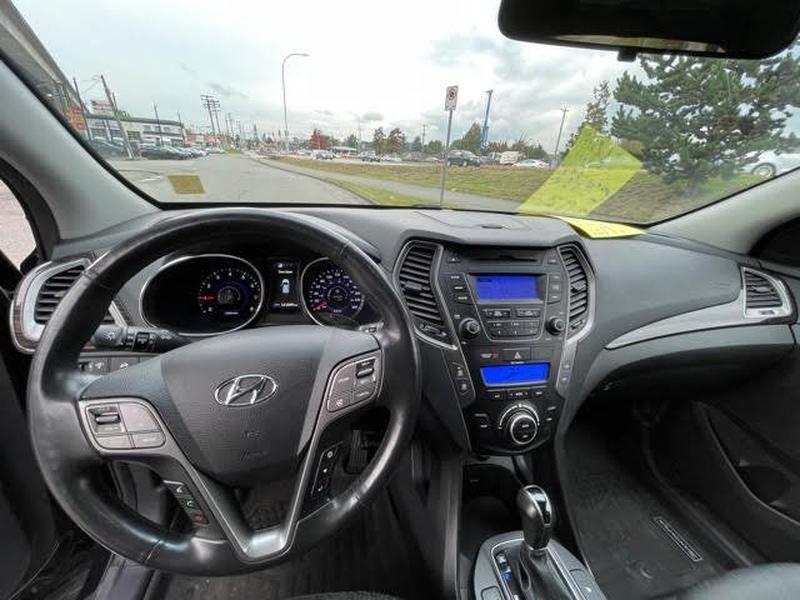 Hyundai Santa Fe Sport 2014 price $13,895