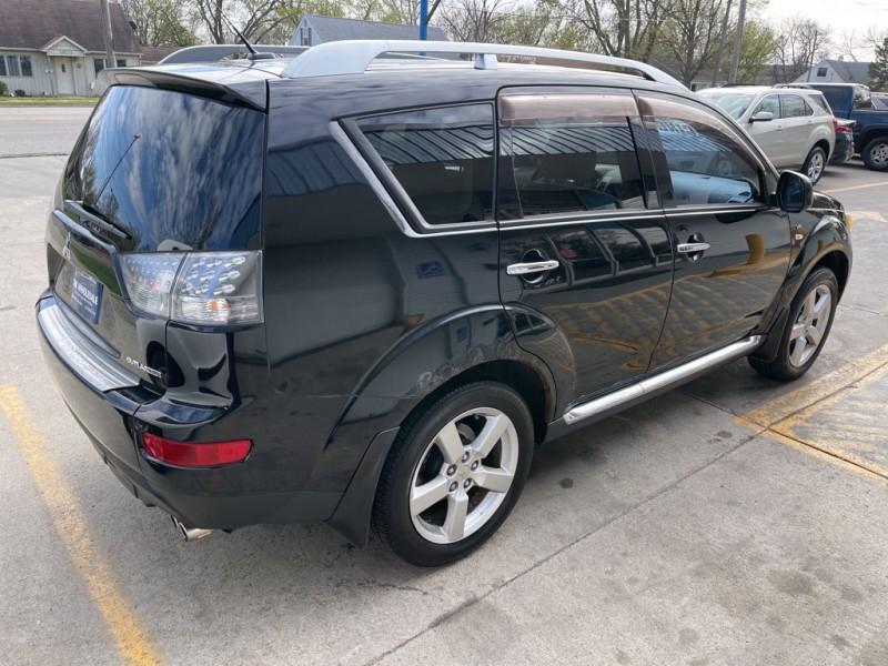 Mitsubishi OUTLANDER 2009 price $7,495