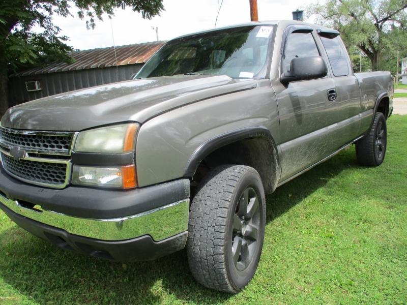 Chevrolet Silverado 1500 2006 price $6,495