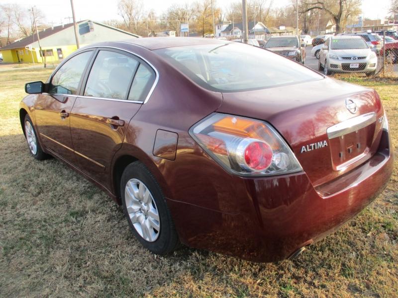 Nissan Altima 2010 price $5,495