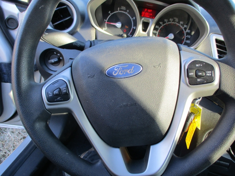 Ford Fiesta 2013 price $5,495