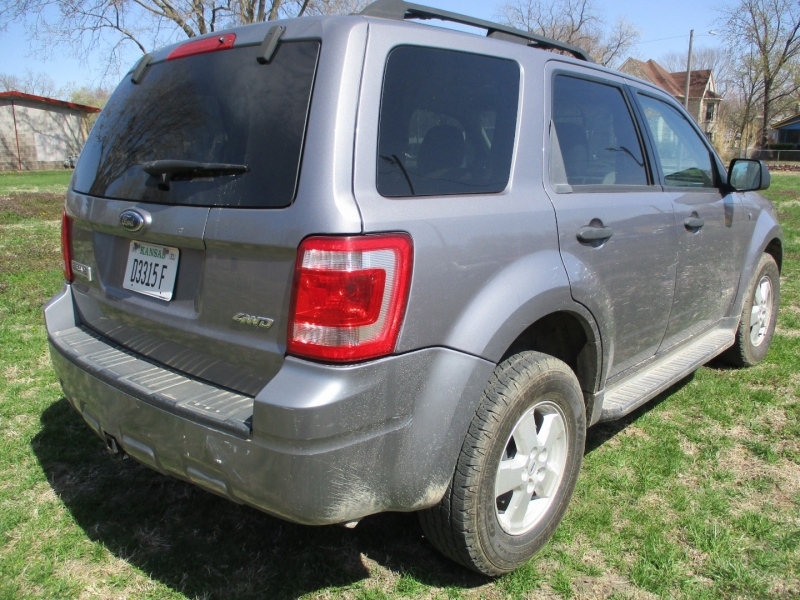 Ford Escape 2008 price $7,295