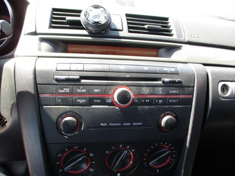 Mazda Mazda3 2005 price $4,495