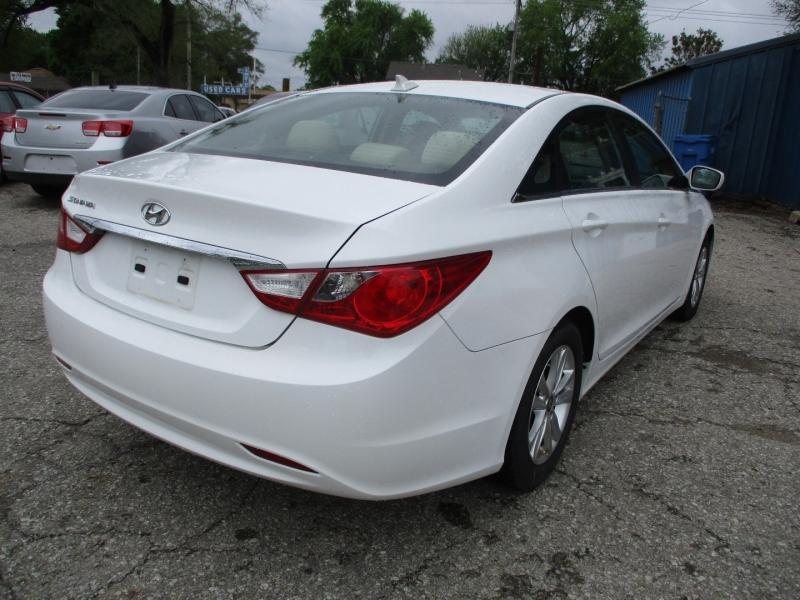 Hyundai Sonata 2013 price $11,695