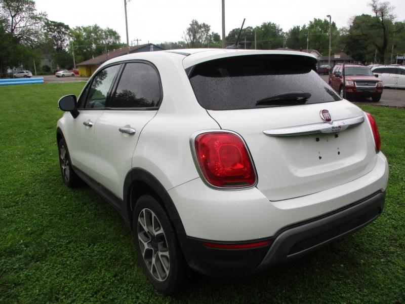Fiat 500X 2016 price $11,395
