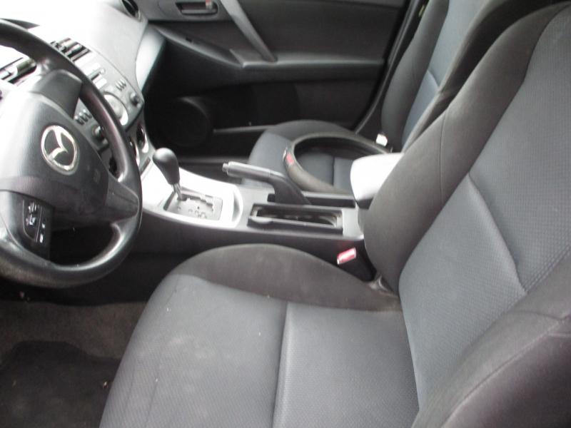 Mazda Mazda3 2010 price $5,795