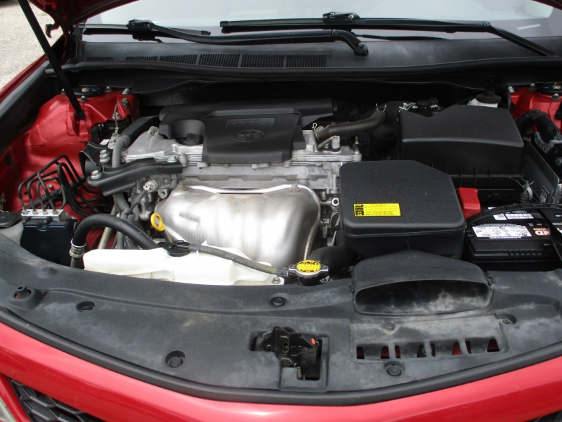 Toyota Camry 2012 price $12,395