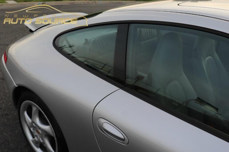 Porsche 911 2000 price $32,888