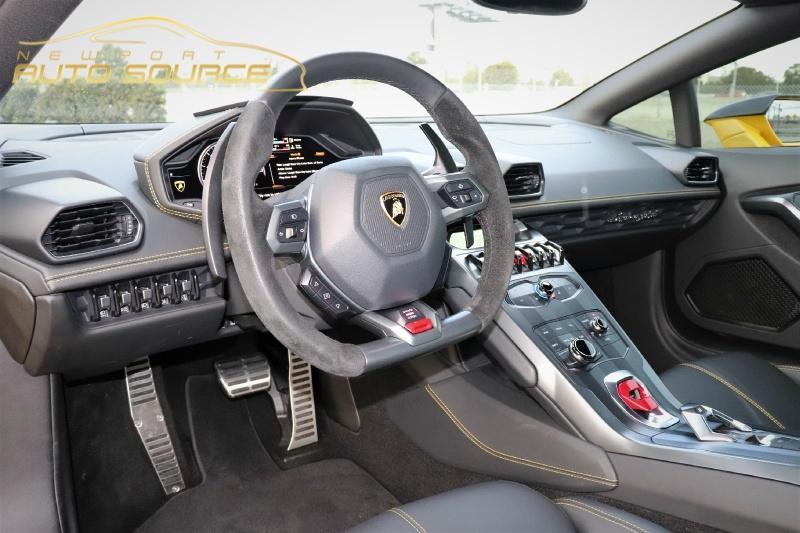 Lamborghini Huracan 2017 price $199,888