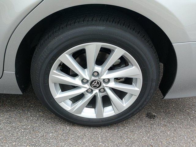 Toyota Camry 2021 price $28,900