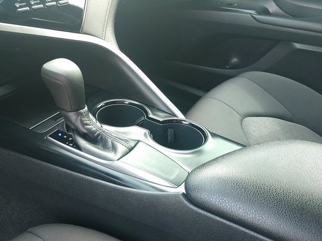 Toyota Camry 2020 price $25,450