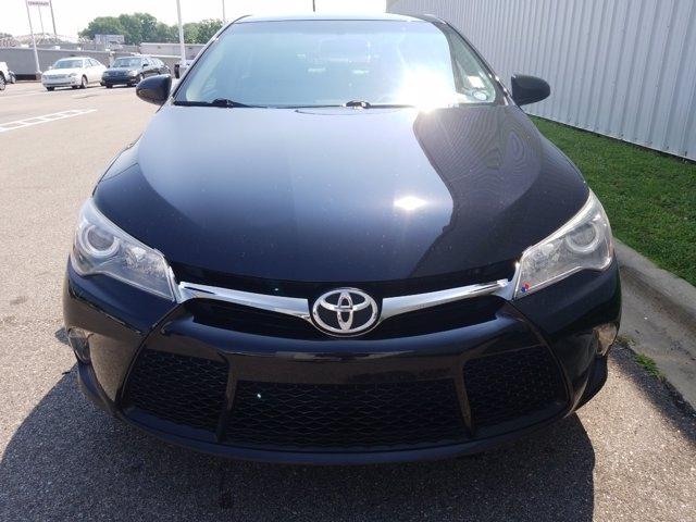 Toyota Camry 2017 price $22,900