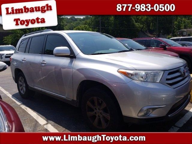 Toyota Highlander 2013 price $17,450